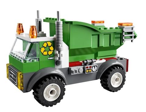 Bộ xếp hình Lego Juniors 10680 - Xe Rác với mô hình xe tải hết sức sinh động