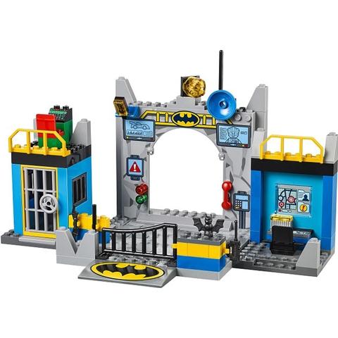 150 miếng ghép sống động trong Lego Juniors 10672 - Bảo Vệ Hang Dơi