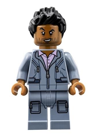 Lego Jurassic World 75915 - Truy Bắt Thằn Lằn Bay - nhân vật phi hành gia