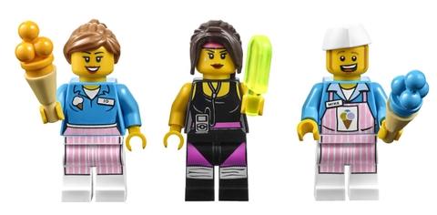 Rèn luyện khả năng tư duy cho bé khi cùng chơi Lego Movie 70804 - Máy Chế Tạo Kem
