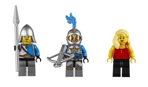 Cho bé tha hồ sáng tạo với bộ đồ chơi Lego Movie 70806 - Lâu Đài Kỵ Binh