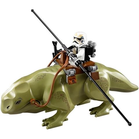 Bộ đồ chơi Lego Star Wars 75052 - Quán Bar Mos Eisley giúp bé rèn luyện nhiều kỹ năng