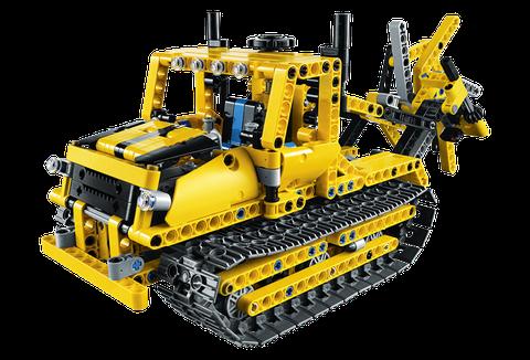 Chiếc xe hạng nặng được lắp ghép từ những miếng ghép Lego vô cùng ấn tượng