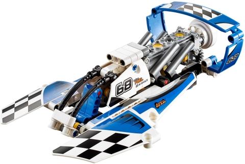 Lego Technic 42045 - Tàu Bay Đua - tàu bay trên mặt nước