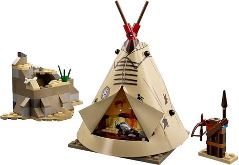 Bộ xếp hình Lego The Lone Ranger 79107 - Thăm trại Comanche với khung cảnh hấp dẫn các bé
