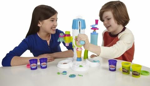 Play-Doh A2104 - Máy làm kem hoàn hảo - bé chơi cùng bạn