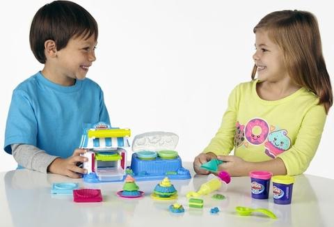 Bộ đồ chơi Play-Doh A5013 - Tráng miệng ngọt ngào sinh động giúp bé trở thành đầu bếp bánh ngọt tài ba