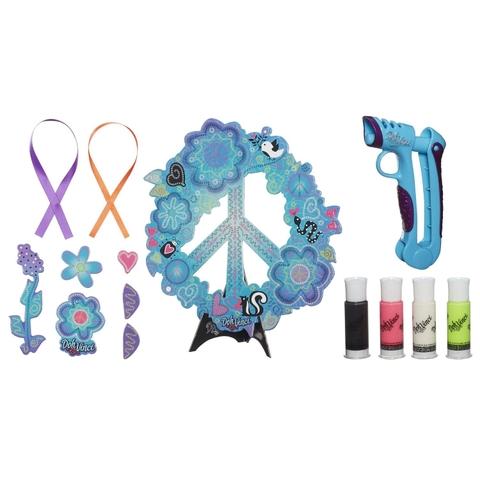 Các chi tiết đẹp mắt có trong Play-Doh A7187 - Vòng hoa treo cửa