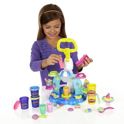 Bộ đồ chơi Play-Doh B0306 - Máy làm kem cầu vồng sáng tạo