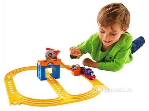 Bộ đầu máy xe lửa Charlie khai thác đá giúp trẻ phát triển tư duy tốt