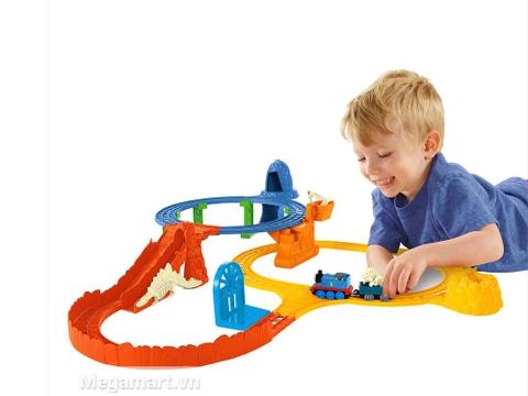 Bộ đường ray khủng long giúp bé giải trí mỗi ngày