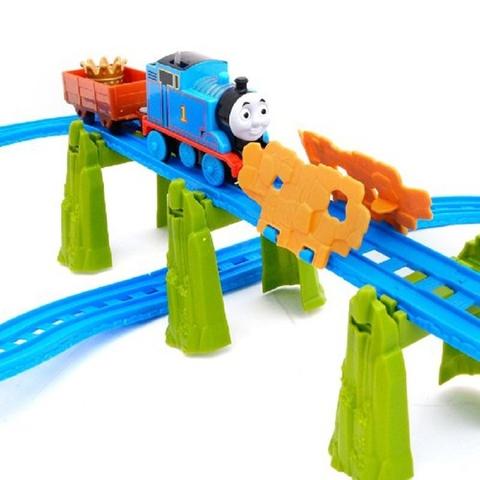 Nhân vật thomas trong bộ tàu hỏa