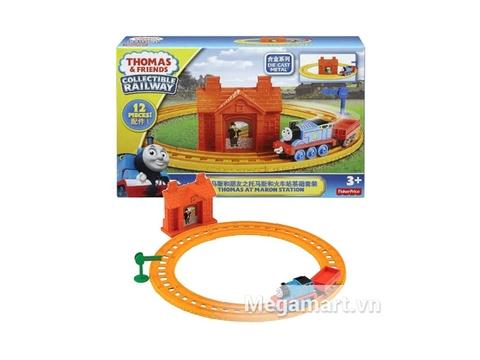 Hình ảnh vỏ hộp bộ Thomas and Friends Bộ đường ray nhà ga tạiMaron