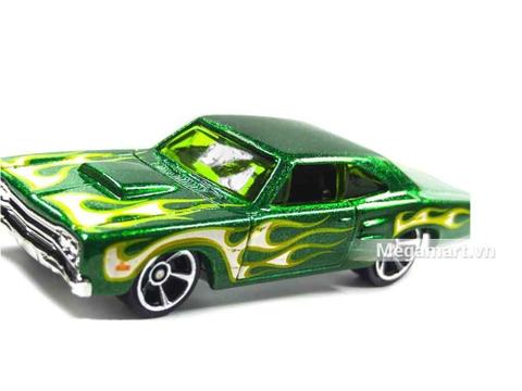 Hot Wheels '69 Dodge Coronet Superbee - mô hình xe nổi bật