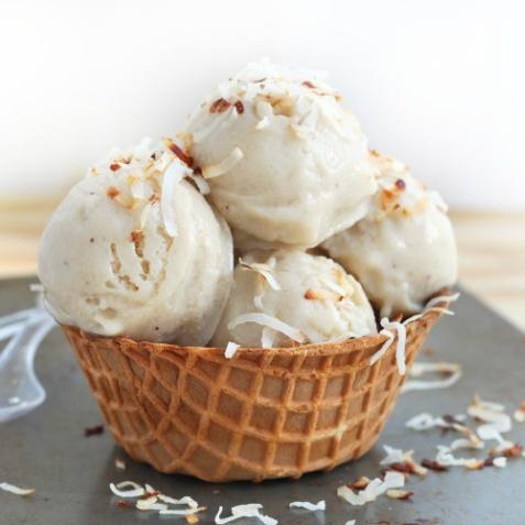 Bột làm kem One More vị Dừa 1,4kg