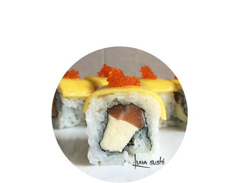 62. Salmon Mango Cheese Roll