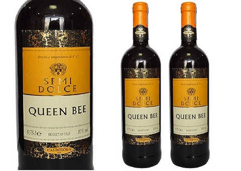 Rượu Vang Ý Queen Bee Semi Dolce 750ml