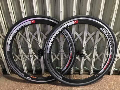 Wheelsets cacbon FULCRUM red wind . Like new