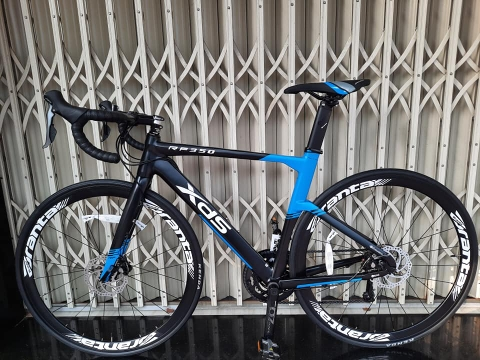 Roadbike XDS RF 350 . New 99%