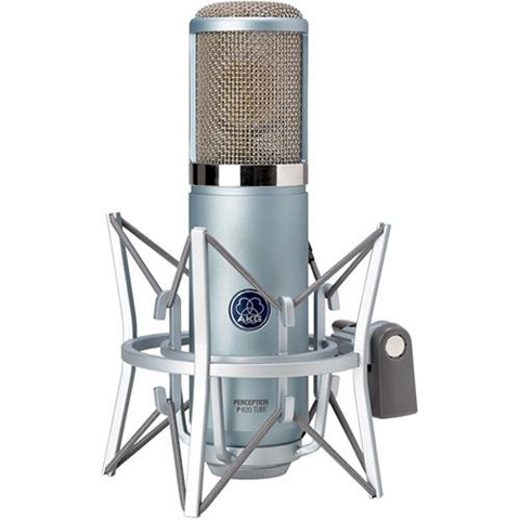 AKG Perception 820