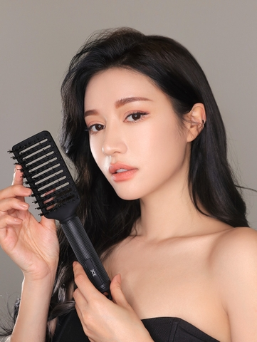 3CE STYLING HAIR BRUSH