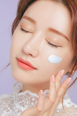 3CE BACK TO BABY MAKE UP BASE SKY BLUE