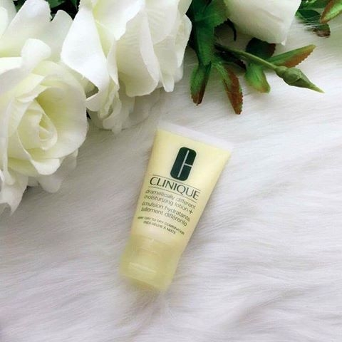 Sữa Dưỡng Ẩm Clinique Dramatically Different Moisturizing Lotion+™