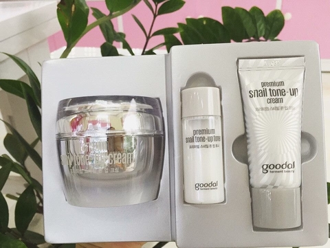 Set Kem Ốc Sên GOODAL PREMIUM SNAIL TONE-UP