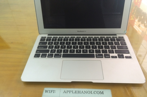 MACBOOK AIR 11.6 INCH MC968LL/A CORE I5 1.6GHZ RAM 2GB 1333 SSD 128GB PIN SẠC 25 LẦN MÁY ĐẸP 90%