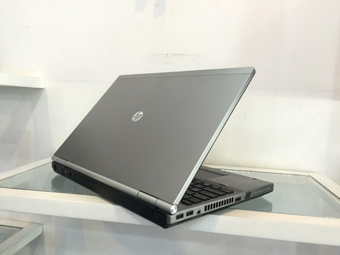 Máy trạm HP Elitebook 8570W Core i7 3720QM RAM 8GB HDD 320GB CARD VGA K1000M