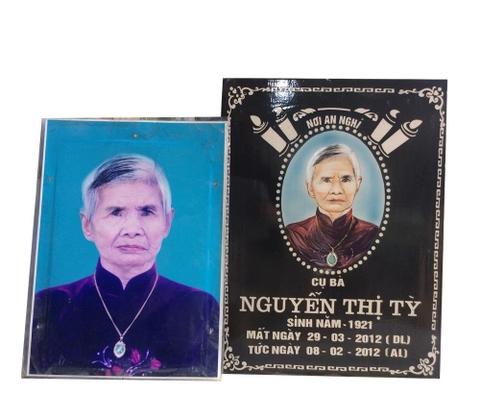 Bia mộ sứ Bát Tràng cụ bà Nguyễn ThịTỳ