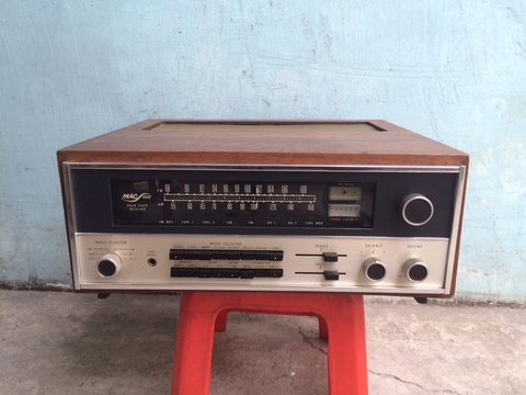 Receiver Mcintosh Mac 1900, 4 Tụ Nhôm
