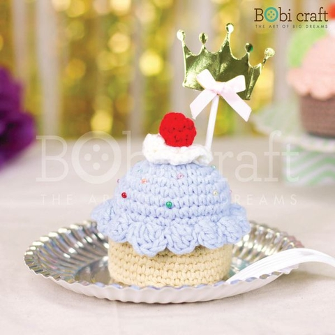 Blueberry 'n Cream Cupcake