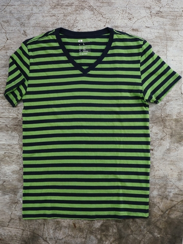 Áo Thun Nam Gap Striped V-neck Tee