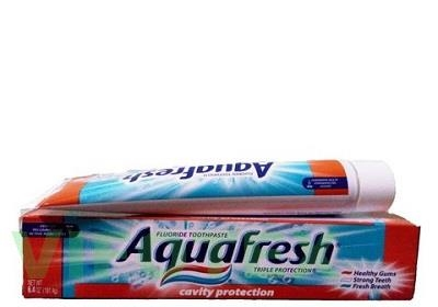 Toothpaste Aquafresh Whitening Action