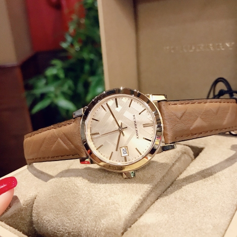 BURBERRY BU9153 Leather Strap Gold-Tone Dial Ladies Watch