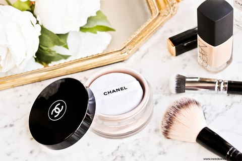 Chanel Natural Finish Loose Powder phấn