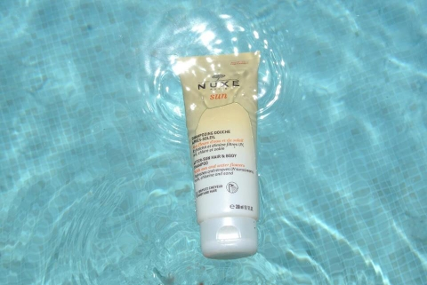 NHẢ NẮNG NUXE AFTER-SUN HAIR & BODY SHAMPOO.