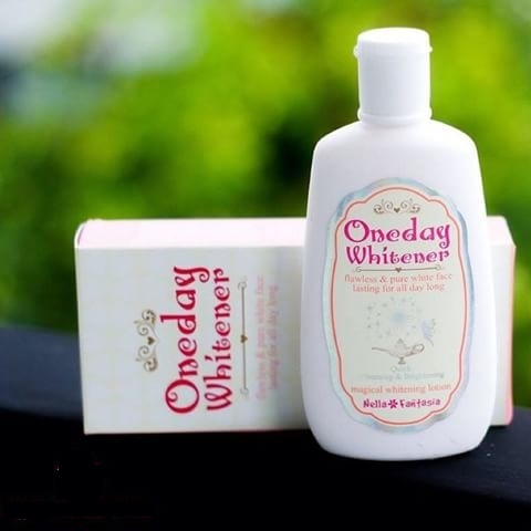 Lotion dưỡng trắng da Oneday Whitener
