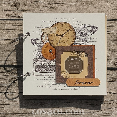 Scrapbook Retro Clock