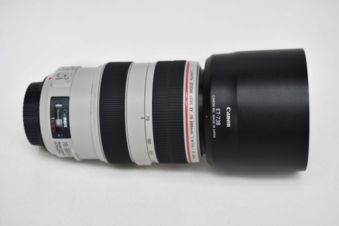 Canon EF 70-300mm F/4-5.6L IS USM Fullbox
