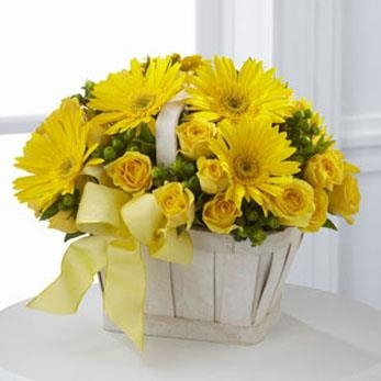 The FTD® Uplifting Moments™ Basket - CF106