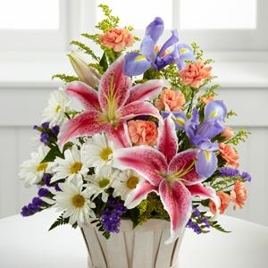 The FTD® Wondrous Nature™ Bouquet - CF107