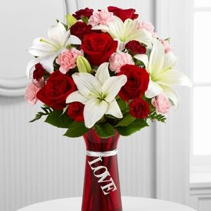 The FTD® Expressions of Love™ Bouquet - CF111