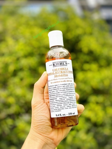 Toner hoa cúc Kiehl's Calendula Herbal Extract Toner (250ml) - MADE IN USA.