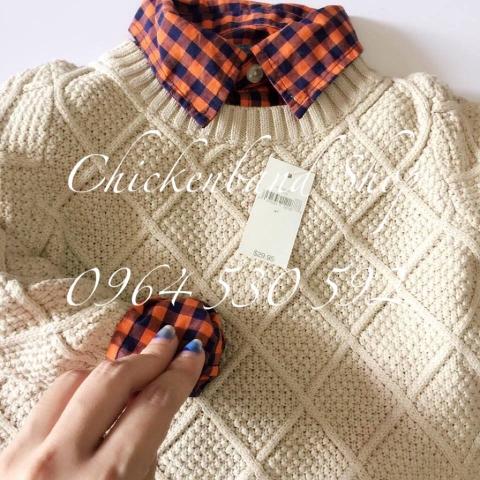 Set đồ khi mix áo len với áo sơ mi tuyệt đẹp