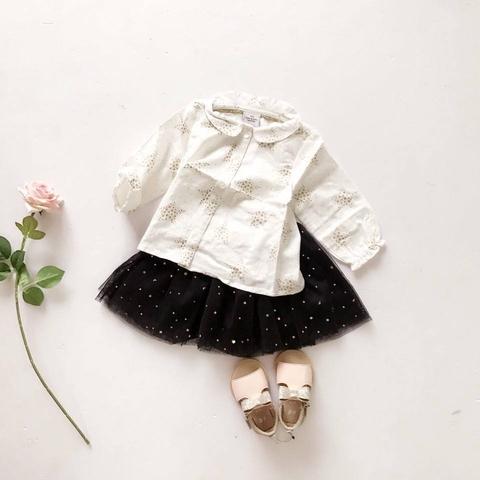 Chân váy điểm họa tiết lấp lánh