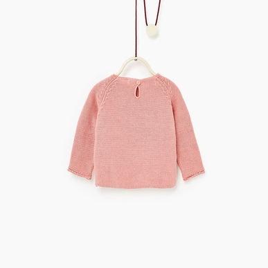 Dáng áo len rất dễ mặc