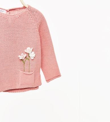   Áo len có túi thêu hoa 3D nhỏ xinh