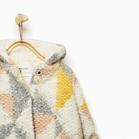 Khuy bấm nhạy, thiết kế áo khoác quá hoàn hảo